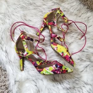 GUESS Bright Sandal Point Heels Size 9.5